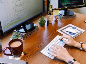 andplus-desk-2